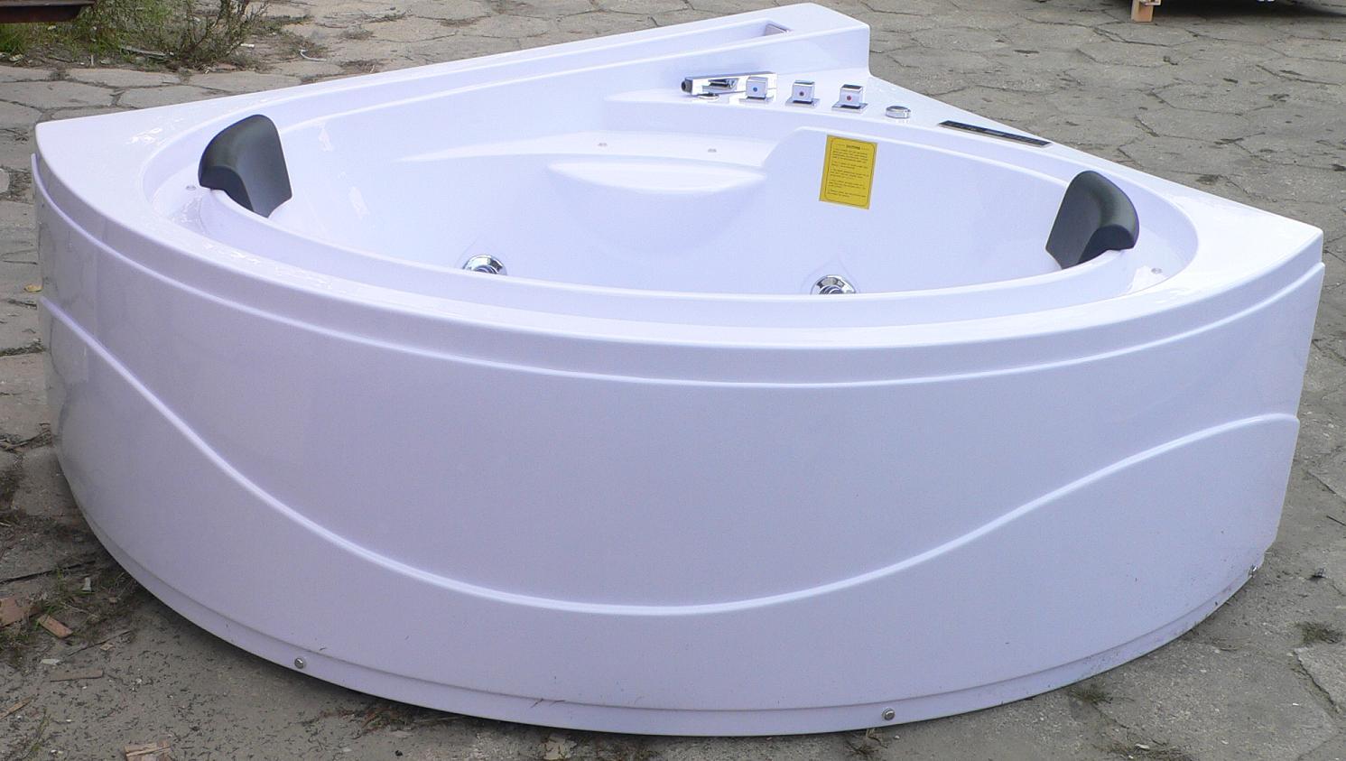 Treg W70 Wanna narożna z hydromasażem 165x150